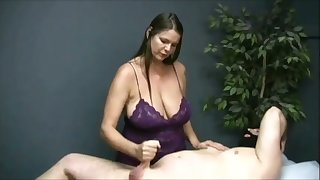 Turned me on watching become absent-minded buxom masseuse jack elsewhere her buyer on camera