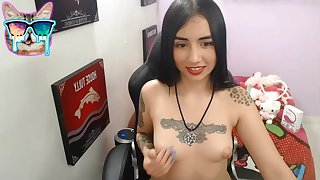 Tattoed girl solo masturbation unaffected by webcam